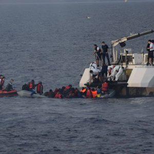 نجات مهاجران در دریای سیاه