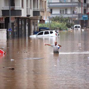 سیل فاجعه بار در نواحی دریای سیاه